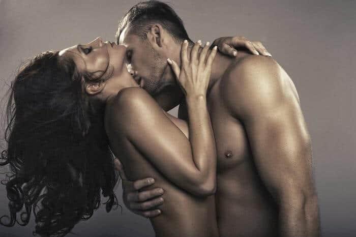 Sexlog: site de swing para casais liberais