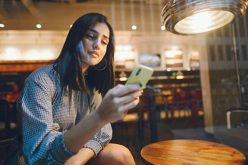 Como melhorar o seu perfil em sites de relacionamento e triplicar os contatos